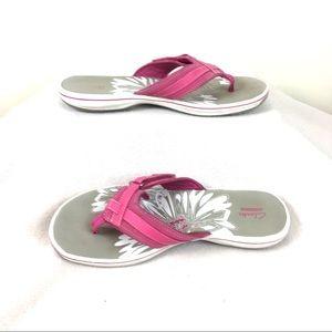 Clark's Size 10 Flip Flops Comforts Sandals